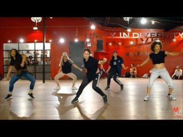 海外女性ダンサーたちの超かっこいいグループダンス集
